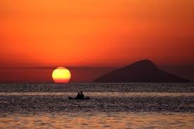 El sol, contemplarlo y su historia