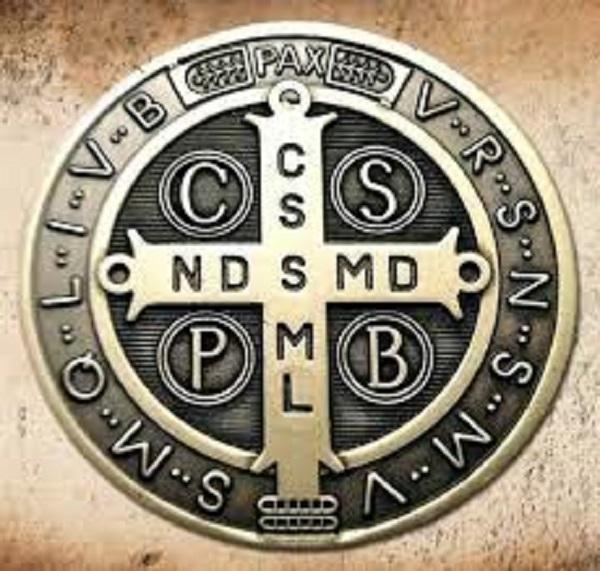 Secretos medalla San Benito