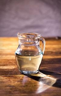 Cargar agua con energías reiki a distancia
