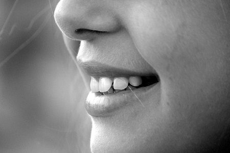 Haz-renacer-tus-dientes-perdidos-en-semanas.jpg